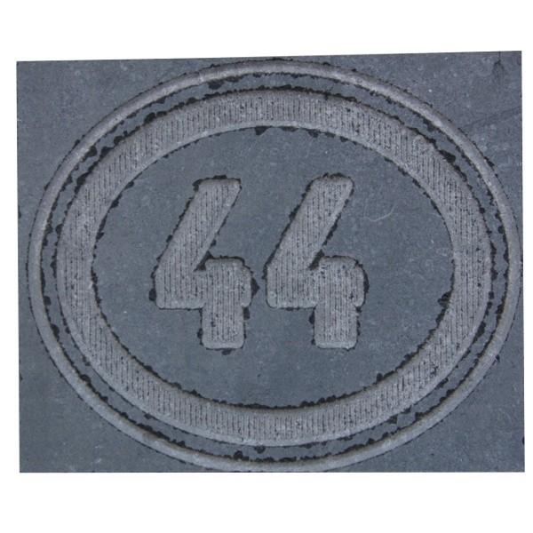 Plaque de rue en pierre bleue meulée, 1 ou 2 chiffres, entourage ovale