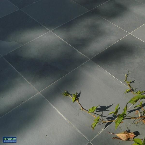 """Dalle schiste """"Montauk""""  60 x 30 x 1 à 1,5 cm, surface brute, le M2"""