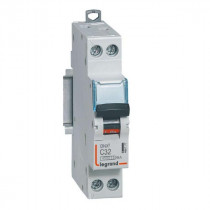 Disjoncteur Legrand 1P+N DNX³4500 6kA 230V~ 32A Courbe C Vis 406777