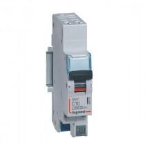 Disjoncteur Legrand 1P+N DNX³4500 6kA Auto/Auto 230V~ 10A 406782
